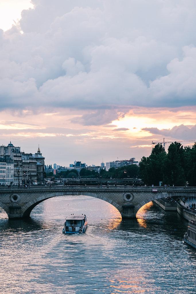 Coucher-de-soleil-sur-la-Seine.jpg