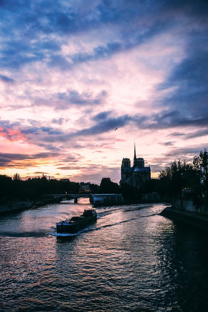 Printemps-Quais-de-Seine-1.jpg