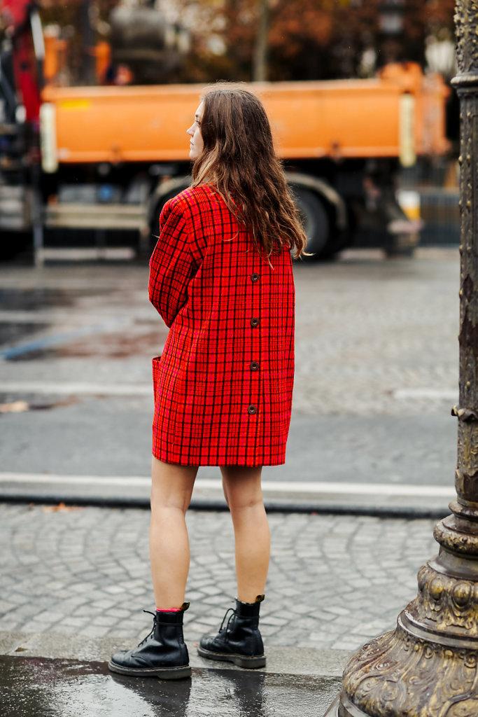 Street-style-Paris-Fashion-Week-SS20-93.jpg